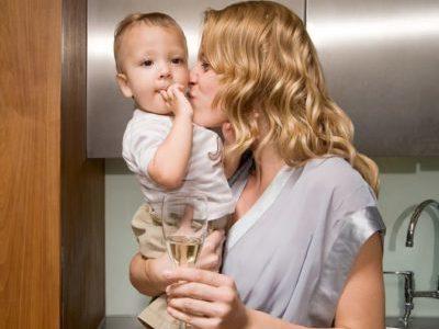 Вред алкогольных напитков для мамы и малыша