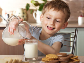 Козье молоко детям