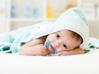 Первый зуб у ребенка