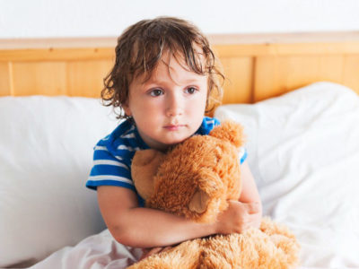 Когда у ребенка должен прекратиться энурез?